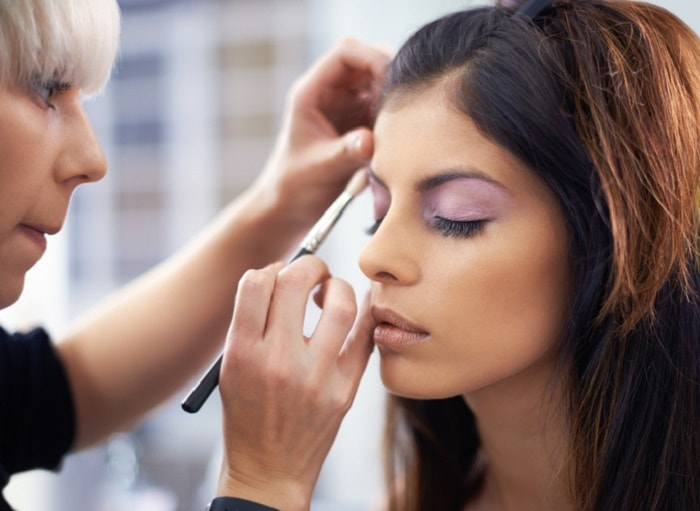 Find a Makeup Artist School Near You in Los Angeles