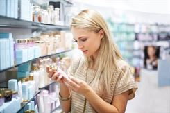 Comparing Toxic Skin Care Ingredients At The Store