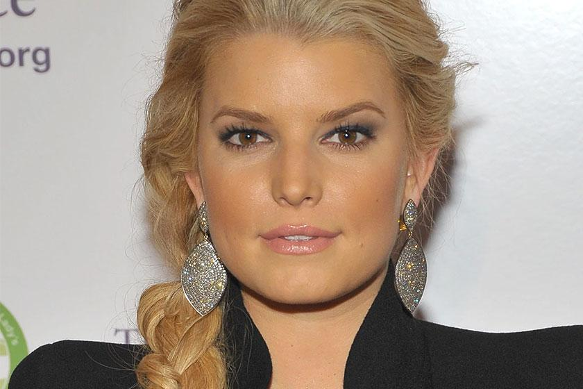 "Jessica Simpson Discovers ""The Price of Beauty"""