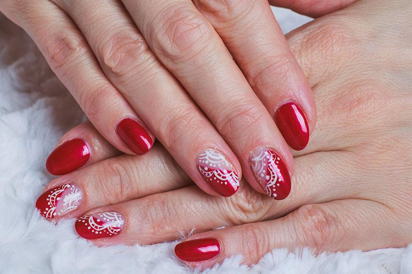 Vietnamese Immigrants Thriving in Nail Art Community